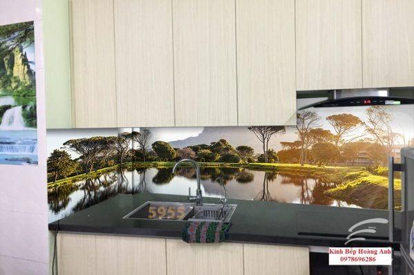 Chuyên thi công tranh kính nghệ thuật tại Hà Nội