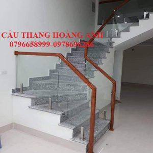 cầu thang kính cường lực chân kẹp